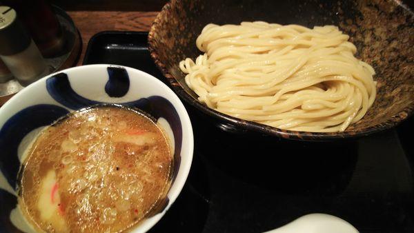 「ゆず風味つけめん 大盛り」@三ツ矢堂製麺 流山おおたかの森S.C店の写真