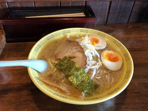 「中華麺 味玉  750円」@江川亭 武蔵村山店の写真