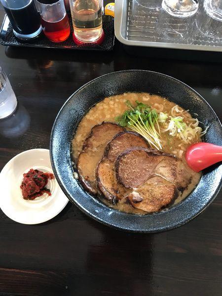 「アジ煮干そば・太麺」@中華そば 盛岡煮干センターの写真