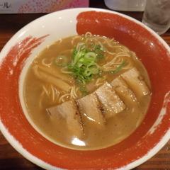 徳島ラーメン 麺王 徳島駅前本店の写真
