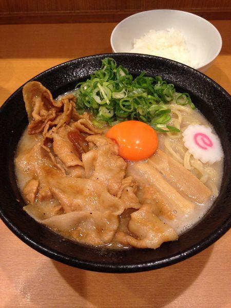 「裏メニュー塩肉玉そば」@肉玉蕎麦 おとど 北松戸総本山の写真