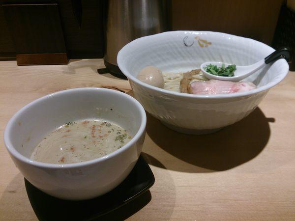 「つけそば(塩)+味玉」@SOBAHOUSE 金色不如帰 新宿御苑本店の写真