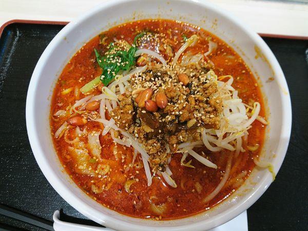 「麻辣刀削麺+大盛」@中華料理 春菜園の写真