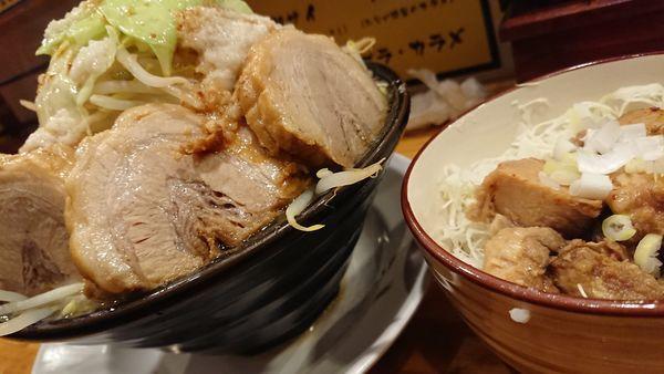 「らーめん醤油(中)豚増し」@麺 たなかの写真