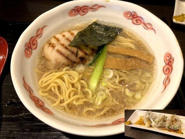 「龍のひげらあめん醤油(750円)+ゆで餃子(300円)」@龍のひげの写真