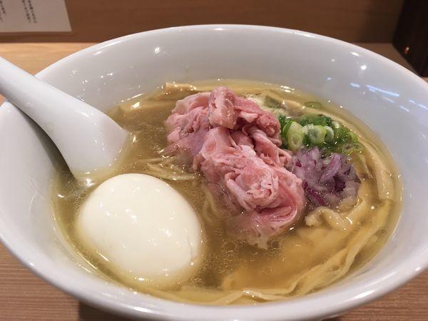 「特製らぁめん」@らぁ麺 鳳仙花の写真