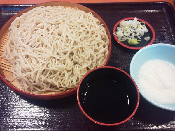 「ざるそば大盛500+とろろ100⁼600円」@天丼 てんや 小手指店の写真