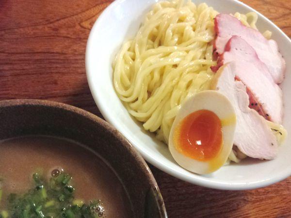 「【体育の日限定】鶏と魚介(鮭)のつけ麺 ¥830」@ラーメン ひかりの写真