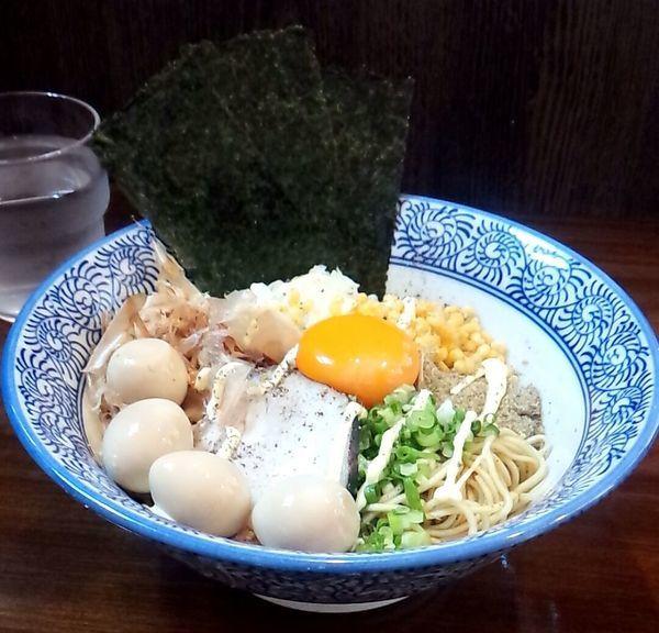 「まぜそば+うずら」@煮干し中華蕎麦 山崎の写真