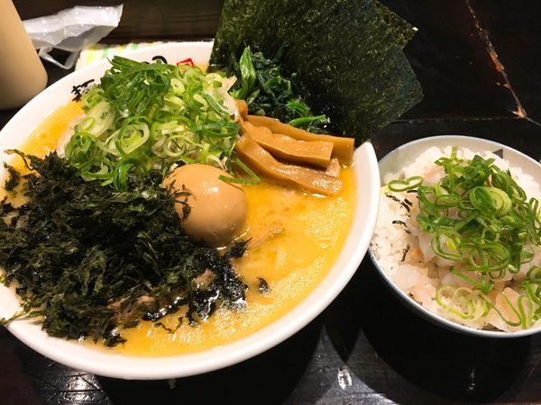 「いのこラーメン塩、中盛1,100円❗️」@麺処いのこ 赤塚店の写真