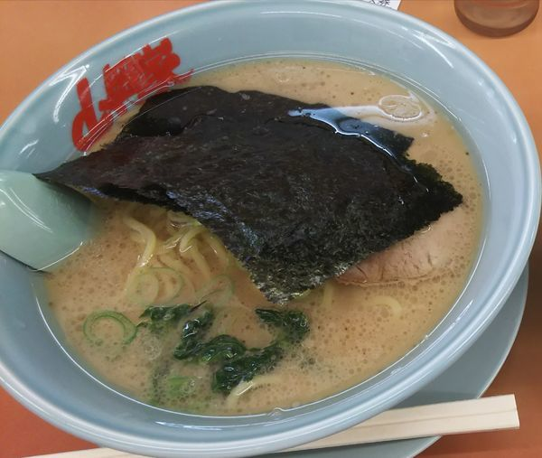 「醤油チャーシュー麺 中盛」@ラーメン山岡家 守谷店の写真