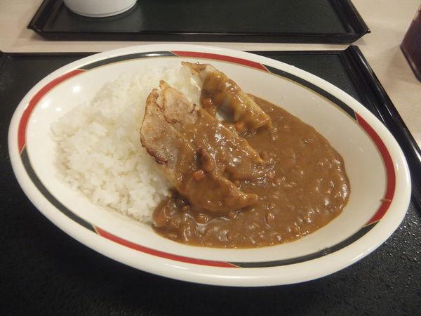 「ぎょうざカレー辛口420円」@みよしの 厚別東店の写真