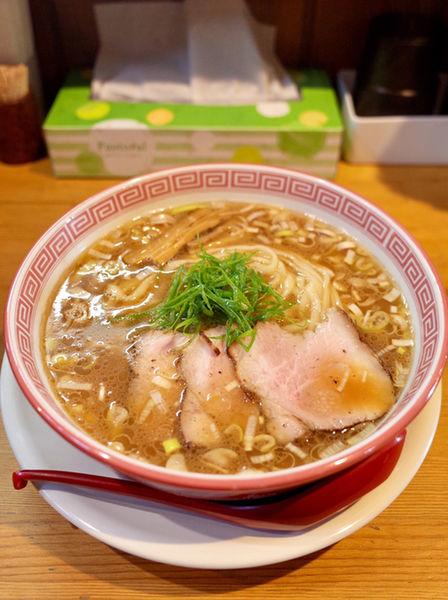 「醤油そば…770円」@麺切り 白流の写真