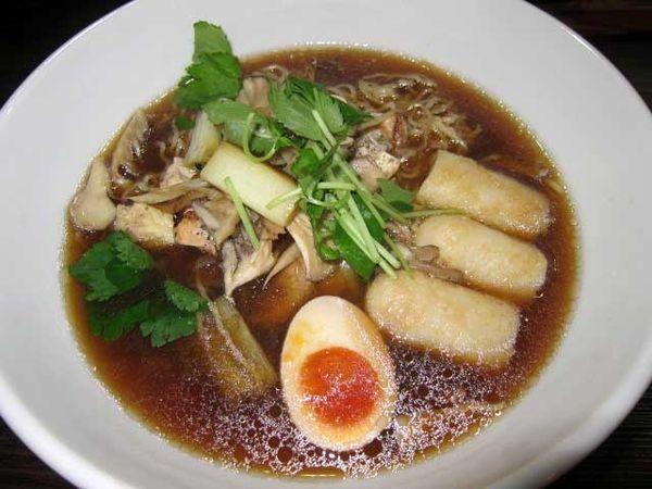 「きりたんぽ比内地鶏ラーメン 1,290円」@中華カフェレストラン あきた茶房の写真