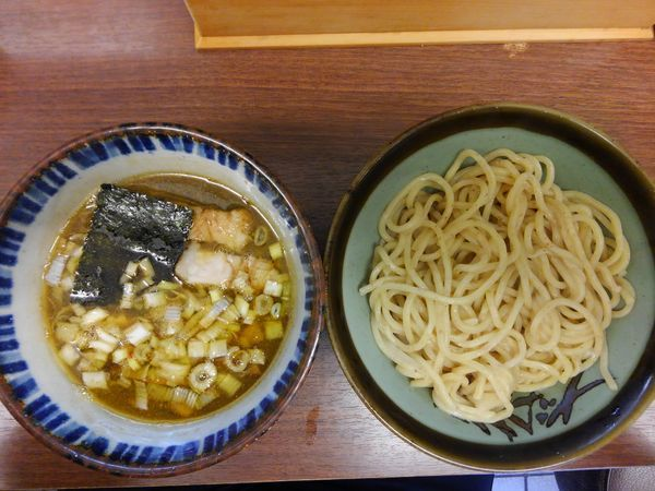 「つけ麺一番搾り¥800並盛り200グラム」@つけめん 三三㐂の写真