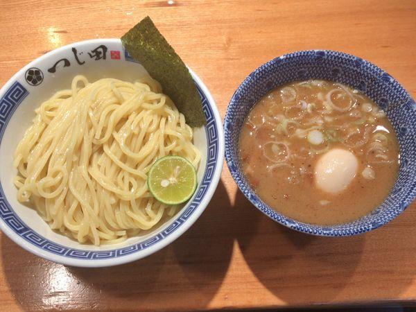 「濃厚味玉つけ麺 ¥980」@つじ田 日本橋八重洲店の写真
