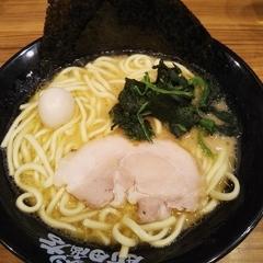 横浜家系ラーメン 町田商店 渋谷店の写真