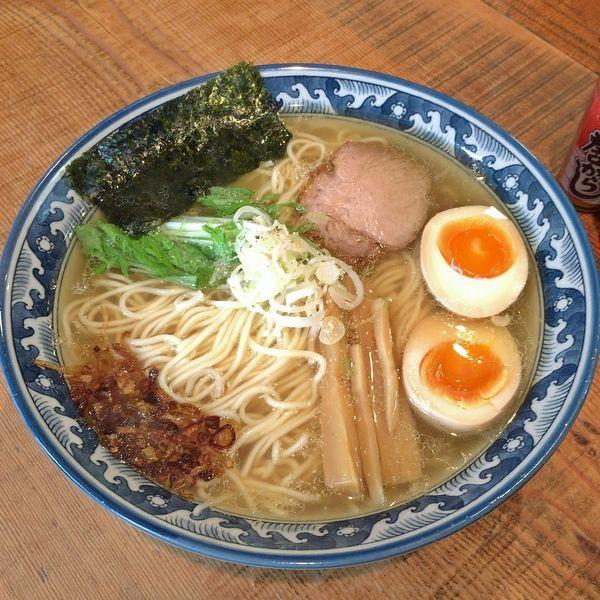 「塩らあ麺(大)¥700+燻製味付玉子¥100」@めん処 樹の写真
