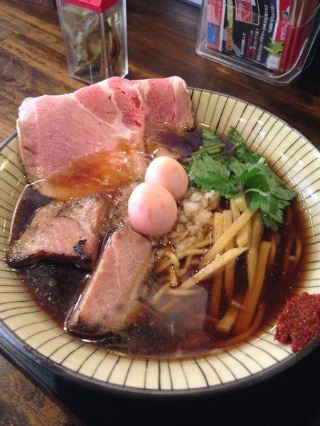 「ら〜めん 全部入り 800円」@仮麺中(ぬちぐすい)の写真
