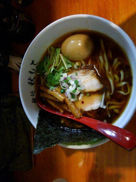 「醤油ラーメン¥800味たま¥100」@麺処 秋もとの写真