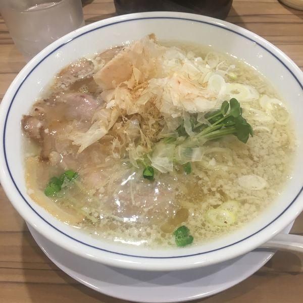 「塩ラーメン 大盛り」@らーめん鱗 西中島店の写真