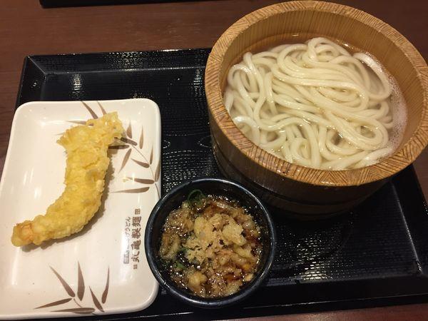「釜揚げうどん(並)¥290+イカ天¥120」@丸亀製麺 ララガーデン春日部店の写真
