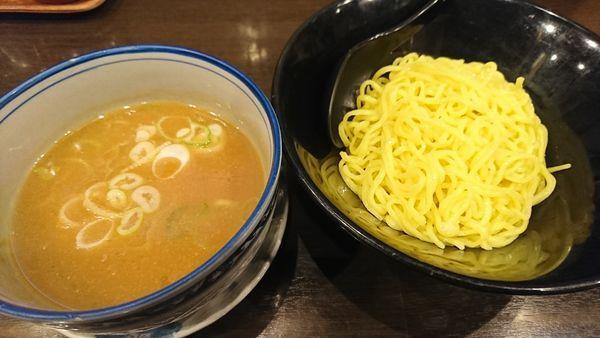 「つけ麺(麺少なめ)980円」@秀ラーメンの写真