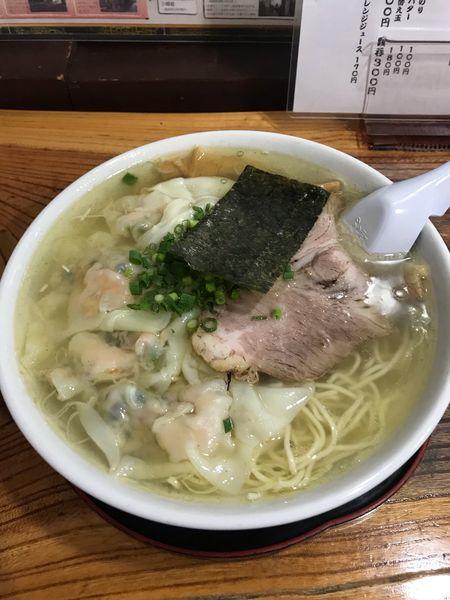 「塩雲呑麺+大盛り」@伊達屋の写真