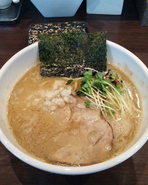 「濃厚中華そば800円」@自家製麺 まかないへきるの写真