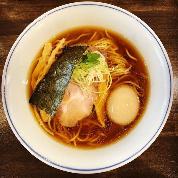 「味玉醤油らあ麺」@らぁ麺  麦一粒の写真