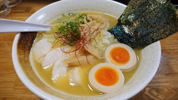 「特製濃厚鶏白湯」@麺匠ようすけ 鶏煮亭の写真