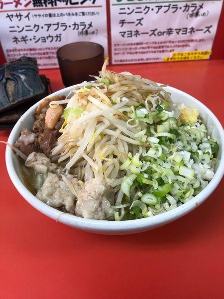 「ラーメン小750円 くずれ豚100円」@ぶたのジョーの写真