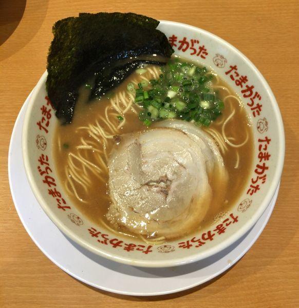 「らぁめん (710円)+替玉(100円)」@九州大分らぁめん たまがった 西口店の写真