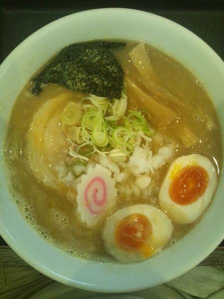「濃厚中華そば(味玉付き)」@つけ麺丸和 名駅西店の写真
