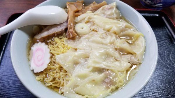 「ワンタンメン 大盛り」@さくら食堂の写真