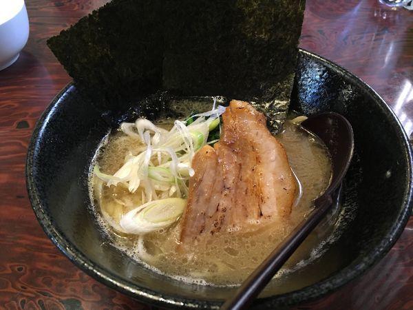 「豚骨醤油ラーメン780円」@家系ラーメン 我雅家の写真