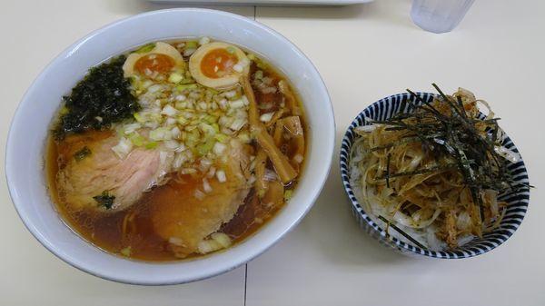 「特製中華そば(800円)+豚まぶしご飯(250円)」@中華そば ふくみみの写真