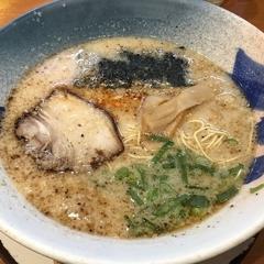 九州らーめん亀王 梅田総本店の写真