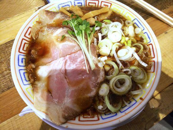 「サバ醤油そば+サバ寿司(2カン) 1050円」@サバ6製麺所 成城学園前店の写真