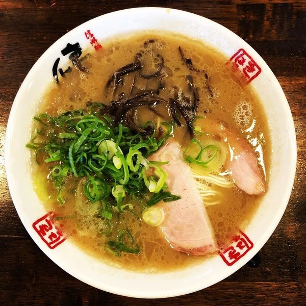 「本白味(長浜ラーメン)」@信州麺屋 きまはち商店の写真