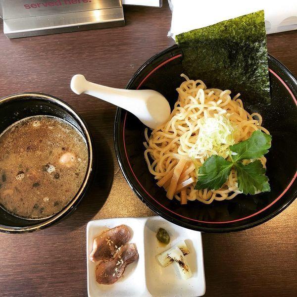 「炙り鴨つけ麺(数量限定)」@無奏天生の写真