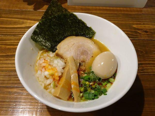 「味玉辛味鶏白湯そば(1,050円)中辛」@煮干しそば 虎空の写真