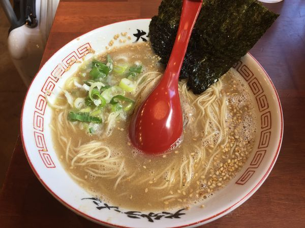 「ラーメン(大盛)+半チャーハン(ランチAセット)¥780」@おめでたいの写真