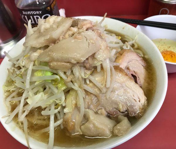 「小ラーメン(ヤサイアブラ)生たまご」@ラーメン二郎 桜台駅前店の写真