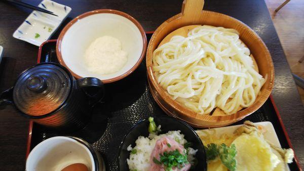 「本日のお得定食(冷たいうどん)」@きやんち アグリパーク上里店の写真