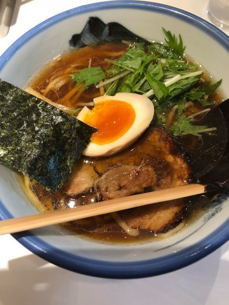 「醤油まろみ 真空手打ち麺 980円」@AFURI 新宿店の写真