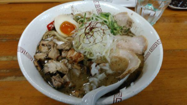 「醤油ちゃーしゅー麺」@らーめん 弥七の写真