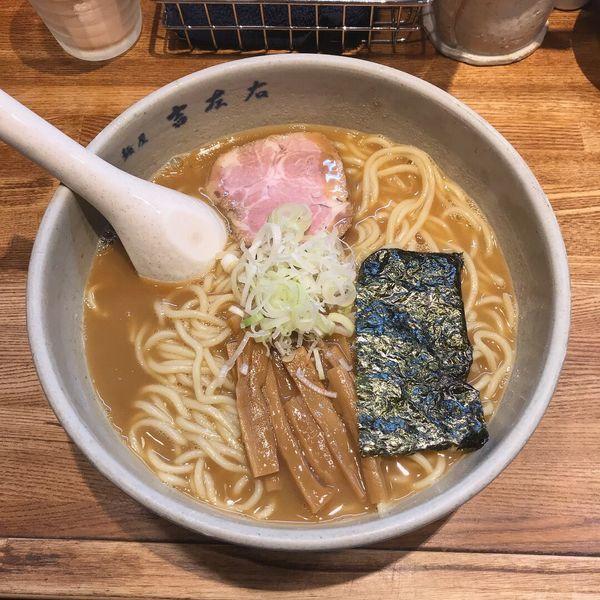 「らーめん」@麺屋吉左右の写真