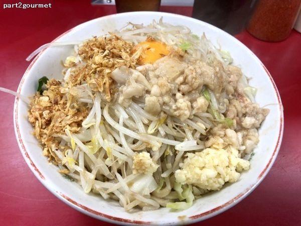 「汁無し+ラーメン豚2枚 「ニンニクアブラ」(810円)」@ラーメン二郎 湘南藤沢店の写真