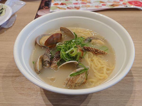 「貝の塩白湯ラーメン」@かっぱ寿司 大宮植竹店の写真